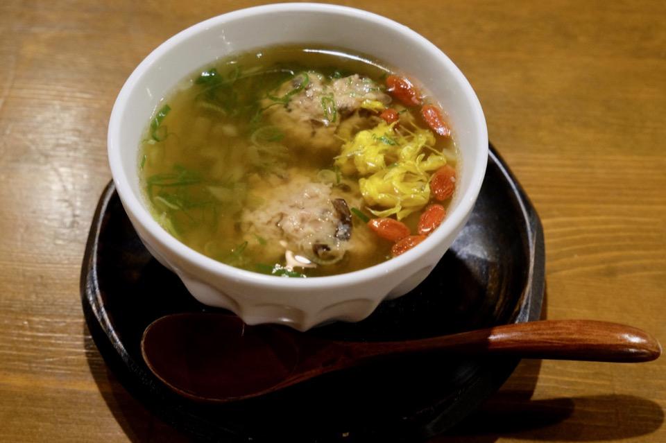 ソラマメ食堂の薬膳スープ