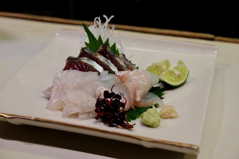 白身魚と赤身魚のお造り